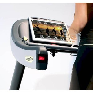 TechnoGym Excite Run Now 700-2-600x600